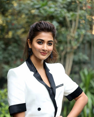 Pooja Hegde At Ala Vaikunthapurramuloo Movie Interview Photos | Picture 1714695