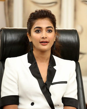 Pooja Hegde At Ala Vaikunthapurramuloo Movie Interview Photos | Picture 1714704