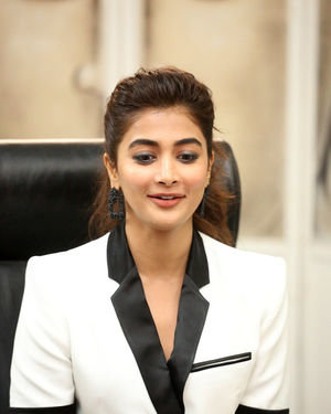 Pooja Hegde At Ala Vaikunthapurramuloo Movie Interview Photos | Picture 1714700