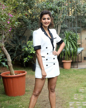 Pooja Hegde At Ala Vaikunthapurramuloo Movie Interview Photos | Picture 1714687