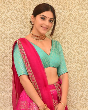 Mehreen Kaur At Aswathama Movie Interview Photos | Picture 1717176
