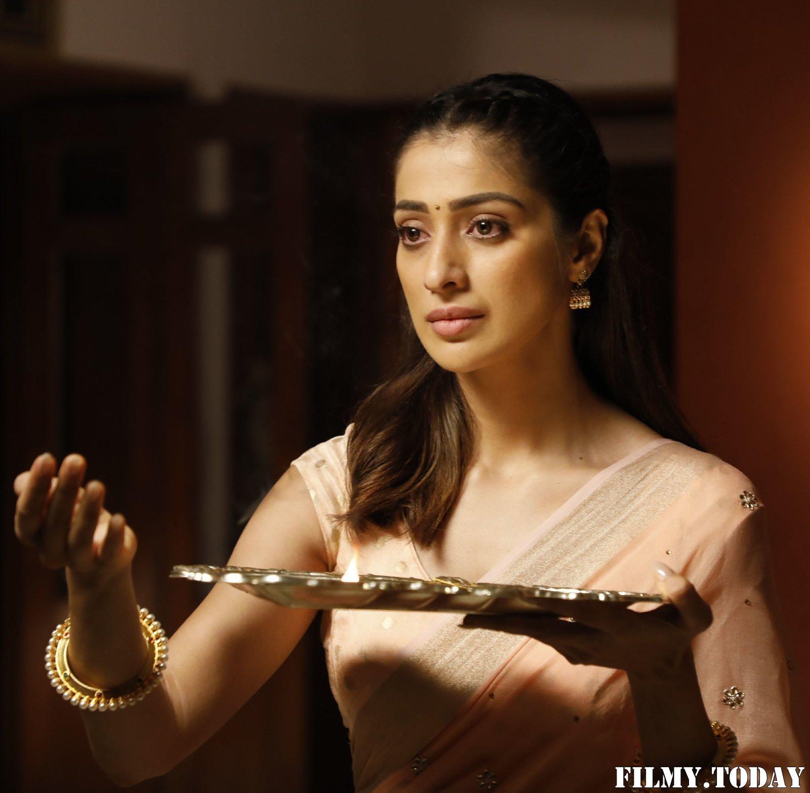 Raai Laxmi - Anandha Bhairavi Movie Stills | Picture 1717907