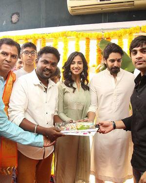 Ichata Vahanamulu Niluparadu Movie Launch Photos