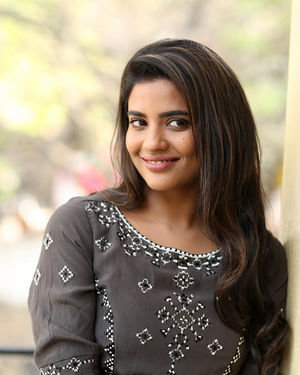 Aishwarya Rajesh At World Famous Lover Interview Photos | Picture 1718014