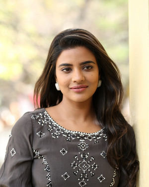 Aishwarya Rajesh At World Famous Lover Interview Photos | Picture 1718017