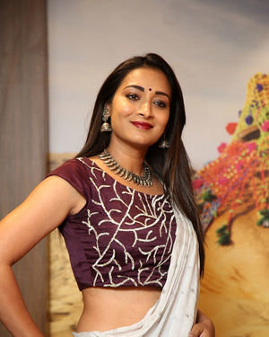 Bhanu Sri - Girlfriend Arabian Mandi Restaurant Launch Photos