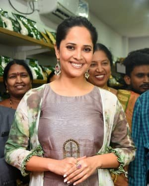 Anasuya At The Launch Of Country Mall Retail Store Photos | Picture 1724294