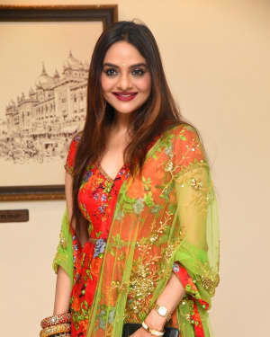 Madhoo Shah - College Kumar Movie Pre-release Event Photos | Picture 1724403