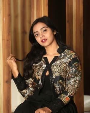 Nithya Shetty At O Pitta Katha Movie Interview Photos   Picture 1725518