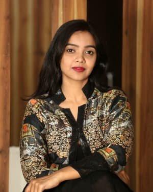 Nithya Shetty At O Pitta Katha Movie Interview Photos   Picture 1725531