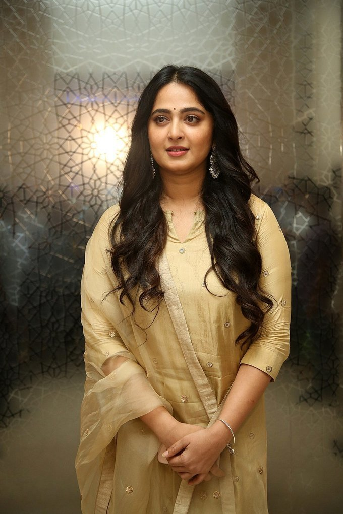Anushka Shetty - Nishabdham Movie Pre Release Event Photos | Picture 1726123