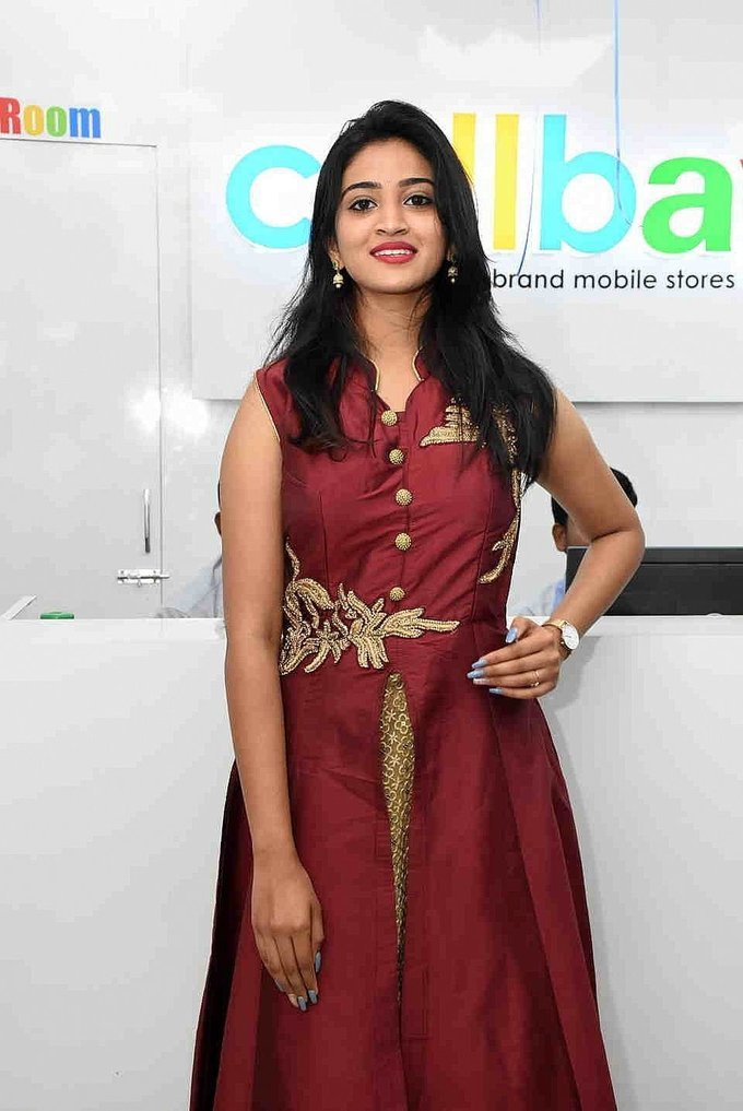 Vakshika Latha - Launch Of Cellbay 60th Store At Nallagandla Photos   Picture 1726823