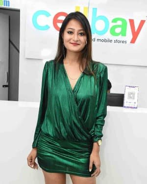 Nilofer - Launch Of Cellbay 60th Store At Nallagandla Photos | Picture 1726802