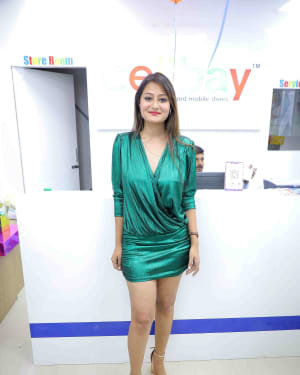 Nilofer - Launch Of Cellbay 60th Store At Nallagandla Photos | Picture 1726806