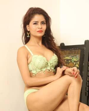 Gehana Vasisth Latest Hot Photoshoot | Picture 1731667
