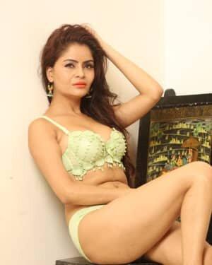 Gehana Vasisth Latest Hot Photoshoot | Picture 1731663