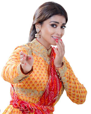 Shriya Saran Dance Photoshoot | Picture 1734006