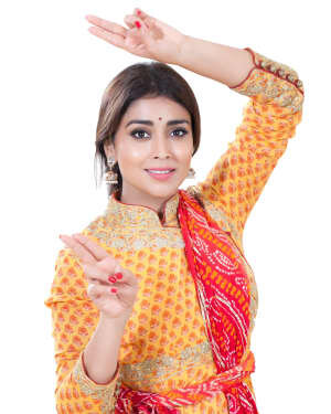 Shriya Saran Dance Photoshoot | Picture 1734017