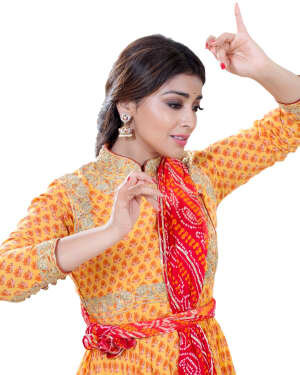 Shriya Saran Dance Photoshoot | Picture 1734016