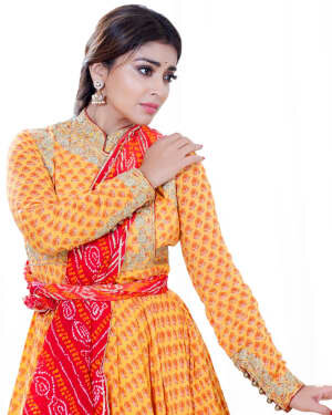 Shriya Saran Dance Photoshoot | Picture 1734012